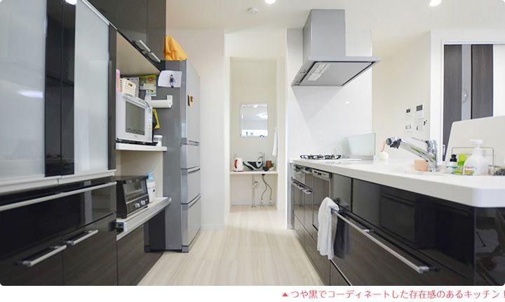 つや黒でコーディネートした存在感のあるキッチン!